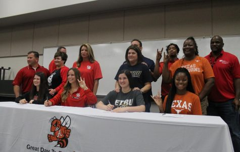 Yellowjackets Make College Commitments